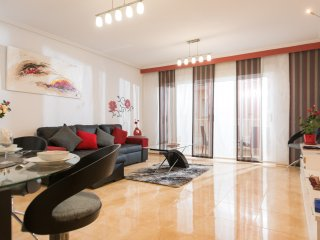 Elegant and Luxurious 3 Bed Retreat near Harbour in El Campello