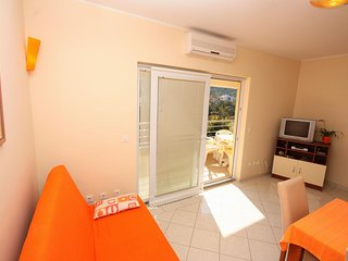 Two bedroom apartment Vinisce, Trogir (A-5229-b)