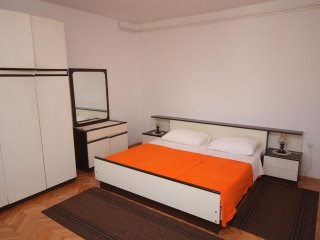 One bedroom apartment Tisno, Murter (A-5130-c)