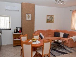 One bedroom apartment Novigrad (A-2536-c)