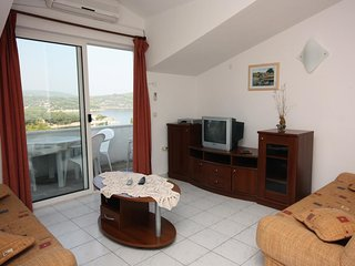 One bedroom apartment Necujam, Solta (A-5181-b)