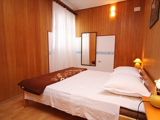 Two bedroom apartment Jezera, Murter (A-5063-b)