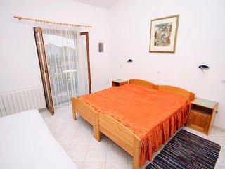 Room Gornje selo, Šolta (S-5170-b)