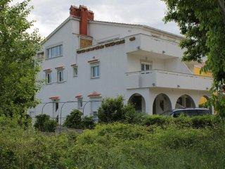 Baska Apartment Sleeps 4 with Air Con and WiFi - 5464216