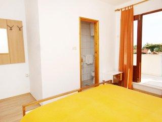 Room Bol (Brač) (S-2878-b)
