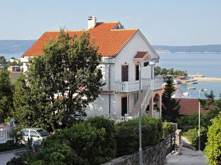 One bedroom apartment Selce, Crikvenica (A-5518-d)