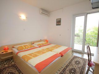 Selce Apartment Sleeps 5 with Air Con - 5460609