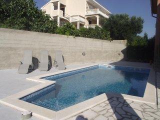 Novi Vinodolski Apartment Sleeps 5 with Pool Air Con and WiFi - 5464392