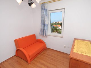 Two bedroom apartment Njivice, Krk (A-5458-c)