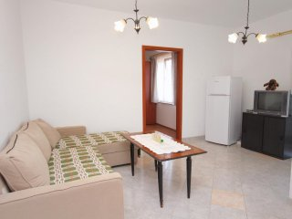 One bedroom apartment Njivice, Krk (A-5458-e)