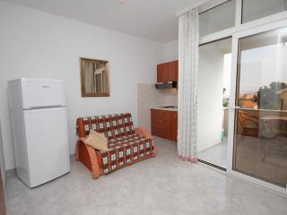 One bedroom apartment Njivice, Krk (A-5458-f)
