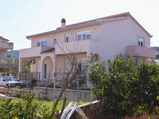 Studio flat Slatine (Ciovo) (AS-6018-b)