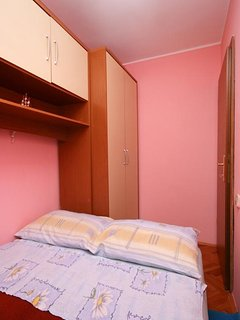 Bedroom 2, Surface: 6 m²
