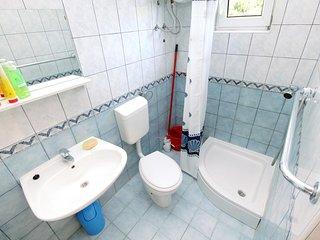 Two bedroom apartment Novi Vinodolski (A-5537-b)