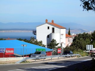 Three bedroom apartment Selce, Crikvenica (A-5477-a)
