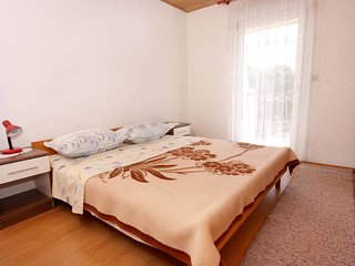 Two bedroom apartment Marina, Trogir (A-6116-d)