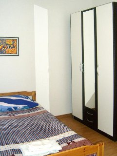 Bedroom 2, Surface: 13 m²
