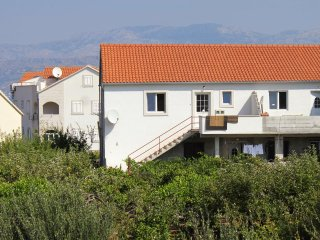 Two bedroom apartment Supetar (Brač) (A-5627-a)