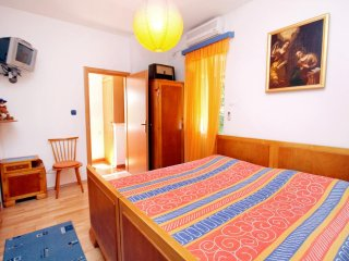 Room Sumartin, Brac (S-5645-a)
