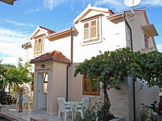 One bedroom apartment Supetar, Brac (A-6037-a)