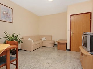 One bedroom apartment Ražanac, Zadar (A-5766-d)