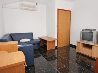 One bedroom apartment Ražanac, Zadar (A-5766-e)