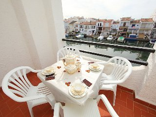 1 bedroom Apartment in Empuriabrava, Catalonia, Spain : ref 5043759