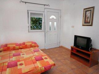 One bedroom apartment Podaca, Makarska (A-6050-c)