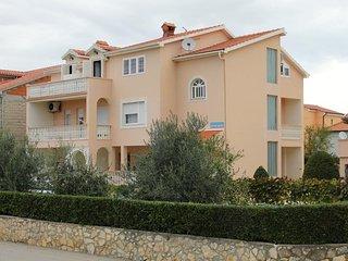 Two bedroom apartment Vrsi - Mulo, Zadar (A-5796-a)