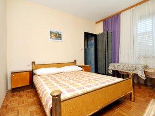 Room Pirovac, Sibenik (S-6447-a)