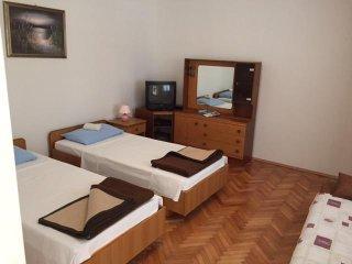 Two bedroom apartment Vrsi - Mulo, Zadar (A-5796-b)