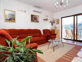 Three bedroom apartment Tri Zala, Korcula (A-4432-b)