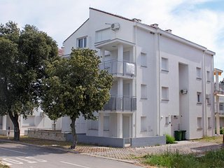 One bedroom apartment Petrcane (Zadar) (A-3280-a)