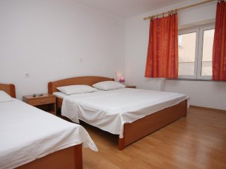Two bedroom apartment Zubovići, Pag (A-6356-c)