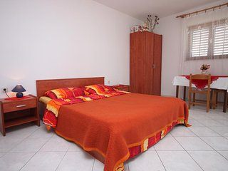 Studio flat Kustići, Pag (AS-6353-b)