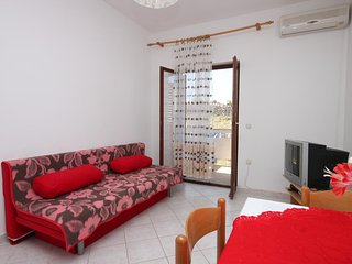 One bedroom apartment Kustići, Pag (A-6353-d)