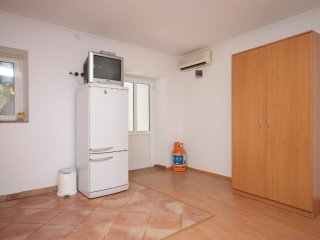 One bedroom apartment Zubovići, Pag (A-6356-d)