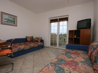 One bedroom apartment Mandre, Pag (A-6537-c)