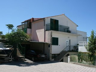One bedroom apartment Podgora, Makarska (A-6682-a)