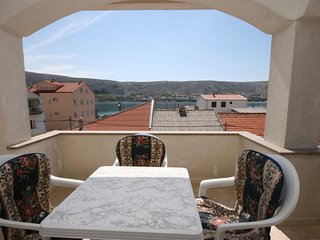 Pag Apartment Sleeps 5 with Air Con - 5465680