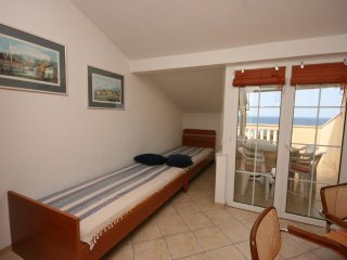 One bedroom apartment Mandre, Pag (A-6537-d)