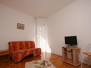 One bedroom apartment Zivogosce - Blato, Makarska (A-6797-c)