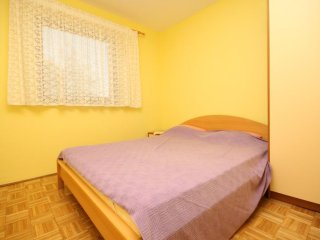 Two bedroom apartment Povljana, Pag (A-6297-b)