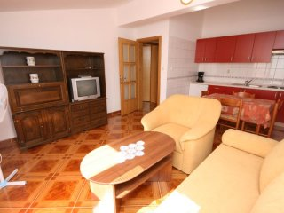 Two bedroom apartment Pag (A-6311-d)