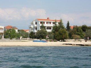 Two bedroom apartment Vrsi - Mulo, Zadar (A-6155-a)