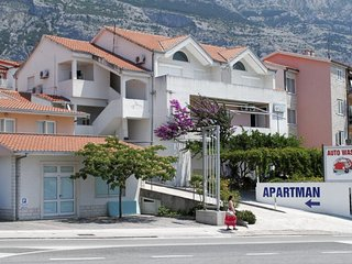 One bedroom apartment Makarska (A-6693-a)