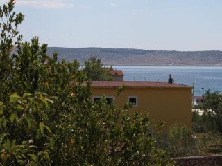 Two bedroom apartment Starigrad (Paklenica) (A-6623-f)