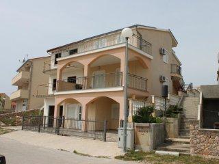 Two bedroom apartment Sveti Petar, Biograd (A-6169-a)