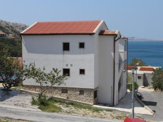 One bedroom apartment Metajna (Pag) (A-6337-a)