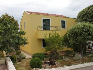 Two bedroom apartment Petrcane, Zadar (A-6334-c)
